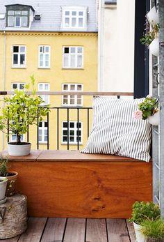 Decoration of small terraces – how to decorate a small terrace ✿ … – Small Balcony Decor Ideas Decor, Apartment Garden, Scandinavian Living, Balcony Decor, Home, Small Apartments, Outdoor Living, Diy Bench, Outdoor Retreat