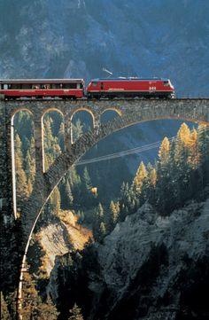 Een reis met de Bernina Express is werkelijk spectaculair!