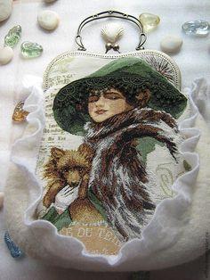 """Купить Сумочка """"Дама с собачкой"""" - белый, рисунок, дамская сумочка, войлочная сумка, авторская работа"""