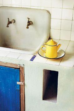 emalia, blue+yellow