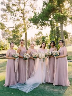 Photography : Mariel Hannah Read More on SMP: http://www.stylemepretty.com/california-weddings/bakersfield/2016/01/09/garden-inspired-spring-wedding-at-bakersfield-country-club/