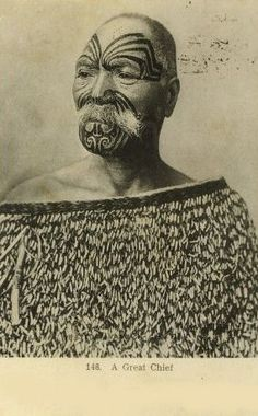A great Maori Chief, Aotearoa. Polynesian People, Polynesian Art, Maori People, Tribal People, Art Maori, Once Were Warriors, Ta Moko Tattoo, Maori Tribe, Anthropologie