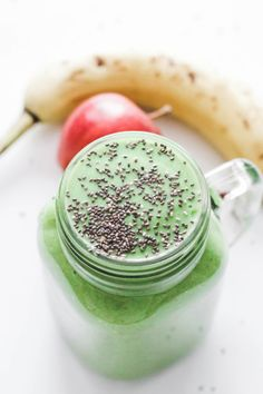 This everyday post-workout smoothie is quick and easy to make on the regular and necessary to better digestion, boost the metabolism, recover after exercise, and aid in weight loss. Green smoothie   Vegan   Whole 30   Breakfast   Lunch   Meal Replacement   Low carb   Low calorie   Quick and Easy   Fibre   Protein   Fitness   Exercise   Get in Shape   Get Fit   Loose Weight   Detox   Cleanse   Healthy   Nutrition   Good for you   Post Workout   Morning smoothie   Paleo   Super Food   Recovery…