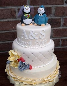 need the penguin cake topper!!