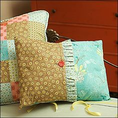 Button Accent Pillow with Ruffle. This is the only tutorial you will need for all kinds of pillows. This lady knows how to do a tutorial, pictures, stitch length, everything