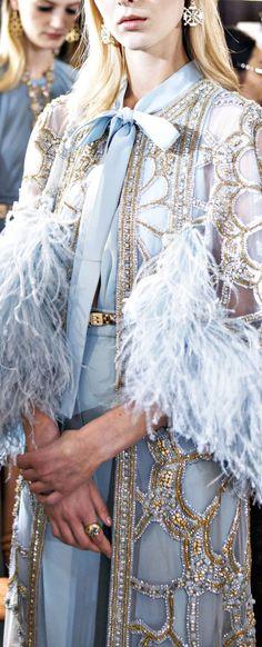// Elie Saab Spring 2017 Couture
