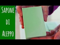 (2) SAPONE DI ALEPPO FATTO IN CASA - Homemade Aleppo Soap - YouTube Aleppo Soap, Beauty Case, Soap Bubbles, Diy Candles, Home Made Soap, Diy Makeup, Diy Videos, Soap Making, Skin Care
