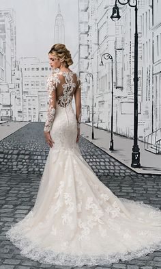 Illusion lace back detail wedding dress. Style 8905, Justin Alexander #weddingdress