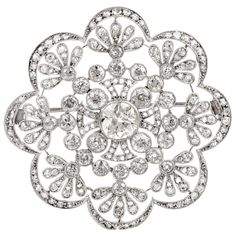 Antique Old European Diamond Flower Openwork Platinum Pin Brooch For Sale at Diamond Bows, Diamond Brooch, Art Deco Diamond, Diamond Flower, Beautiful Wedding Rings, Wedding Rings Vintage, Antique Engagement Rings, Sea Glass Jewelry, Fine Jewelry