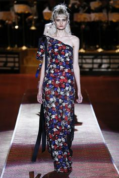Marc Jacobs Spring 2016 Ready-to-Wear Collection - Vogue