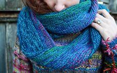 "https://www.etsy.com/listing/220567502/handmade-dark-blue-wool-scarf?ref=shop_home_active_5 200 X 25 cm. 79"" x 10"""