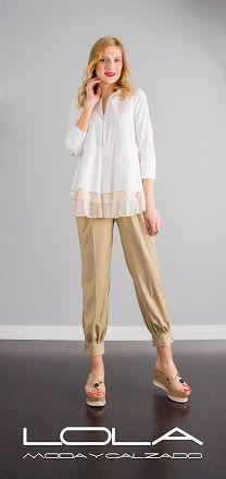 Blusa TWIN SET de volantes en blanco y gasa color beige. Pincha este enlace para comprar tu blusa en nuestra tienda on line: http://lolamodaycalzado.es/primaver…/1366-twin-set-72ya.html