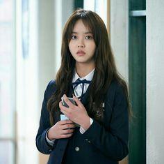 "Still cuts of Kim Soo Hyun released for upcoming Netflix's Korean drama ""Love Alarm"" Korean Actresses, Korean Actors, Korean Dramas, Kdrama, Moon Geun Young, Korean Tv Series, Netflix, Song Jae Rim, Kim Sohyun"