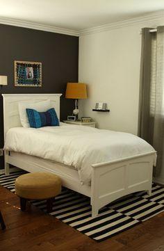 Dark Wall Colors in Modern Teenage Bedroom