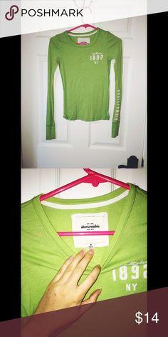 Abercrombie Green Long Sleeve Shirt Green Abercrombie long sleeve shirt size medium Tops