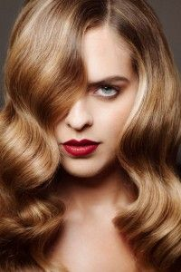 Expertly executed Balayage hair color trend by Jack Howard Hair color trends have run the gamut from Manic Panic of punk-grunge craze of the 90's to the latest to today's hot trend Splashlights Karmen takes a tour.