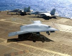 Navy makes history, lands X-47B on an aircraft carrier