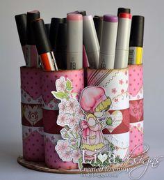 Livas crafts: Marker Holder - FD: Fabulous Friday - Rolled Paper