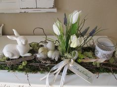Easter decoration - long wooden tray * Easter arrangement * Easter bunny - a unique product by KRANZundCo on DaWanda Diy Easter Decorations, Flower Decorations, Hoppy Easter, Easter Bunny, Diy Osterschmuck, Diy Ostern, Deco Floral, Deco Table, Easter Party