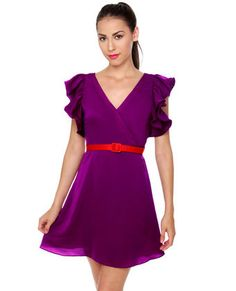 cute dress but add a yellow or gold sparkle belt with it to complete the outfit!!  YES!!