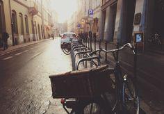 Parked Bike/Unsplash