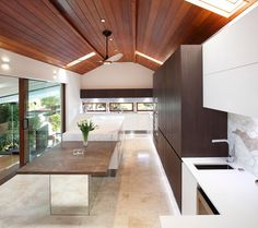 Award-winning Sydney kitchen is designed not to look like one