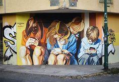 El buen @jupiterfab en #Guadalajara con su proyecto #isthismodernsociety ❤✌#streetartchilango feliz viernes a todos #streetartmexico #mexico #mexicolors #mexico #mexicourbano #streetart #streetarts #streetartistry