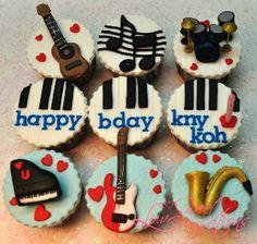 Music Instrument Theme Cupcakes...Stunning!