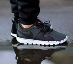 new styles 6974a e60fb NIKE TRAINERENDOR - ค้นหาด้วย Google Chaussures Adidas, Mode Homme,  Soulier, Toile,