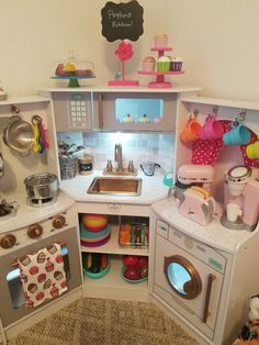 I'm keen on this impressive girls playroom Diy Play Kitchen, Toy Kitchen, Pretend Play Kitchen, Toy Rooms, Playroom Decor, Playroom Ideas, Kids Corner, Little Girl Rooms, Girls Bedroom