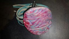 Fimo Bracelett painted with wax Wax, Coin Purse, Wallet, Purses, Painting, Fashion, Fimo, Pocket Wallet, Handbags