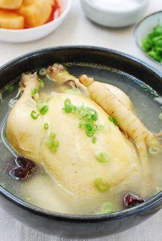 Samgyetang (Ginseng Chicken Soup) www. Korean Chicken Soup, Healthy Chicken Soup, Vegetarian Chicken, Asian Soup, Chicken Soup Recipes, Chicken Soups, Recipe Chicken, Healthy Soup, Korean Dishes