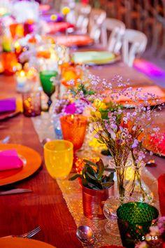 Mariage Gypsy à Blanche Fleur. Mariage bohème. lieu de réception en Provence. Wedding venue in Provence. Décoration : l'Arrosoir de Margaux, mobilier et fleurs. Photos : Skiss www.blanchefleur.com