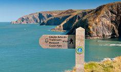 A-Coast-Path-SVW-C60-1011-0 © Crown copyright (2012) Visit Wales