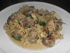 Recipe: Rotini with Sausage, Spinach and Mushrooms