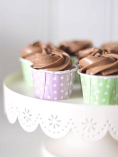 nespresso caramelito cupcakes Nespresso, Place Cards, Cupcakes, Place Card Holders, Cupcake, Cupcake Cakes, Brioche
