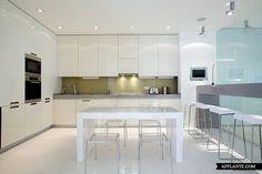 Modern Apartment With Classic Elements // Vladimir Maloshonok | Afflante.com