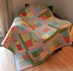 Scrappy Flora {Easy Quilt Tutorial}