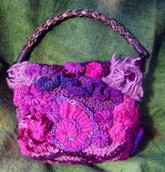Small freeform bag by janrocrochet, via Flickr