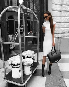 Image about girl in Stylish by TacchiAlti on We Heart It Trend Fashion, Winter Fashion Outfits, Look Fashion, Autumn Fashion, Fashion Dresses, Womens Fashion, Fashion Blogs, Spring Outfits, Classy Outfits