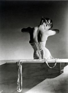 Mainbocker Corset, Paris Horst P. Horst, 1939
