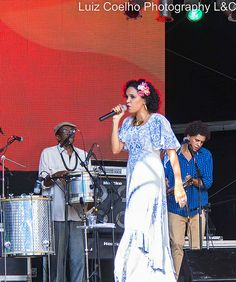 Teresa Cristina,Virada cultural de Sao Paulo 2014,Estaçao da Luz,tributo ao samba.