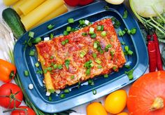 Cannelloni z serowym nadzieniem :) Cannelloni stuffed with cheese :) Grill Pan, Lasagna, Grilling, Cheese, Healthy Dinners, Ethnic Recipes, Food, Diet, Griddle Pan