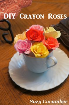 These DIY Crayon Roses are beautiful - Make your own rose garden with fabric, crayons, and glue