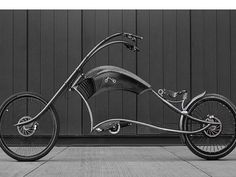 Archont Electro e-bike is a three meter long easy rider designed by Ono Bikes, an independent custom e-bike and bicycle manufacturer based in Belgrade, Serbia. The handcrafted e-bike is made from stainless steel and weighs Easy Rider, Custom Choppers, Custom Bikes, Chopper Moto, Harley Davidson, Cruiser Bicycle, Bicycle Sidecar, Bicycle Race, Bike News