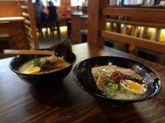 La maison Yokato Yokabai nous ouvre ses portes et on y trouve le meilleur bouillon de tout Montréal ! Ramen, Tapas, Gluten Free, Ethnic Recipes, Restaurant, Puertas, Eat, Everything, Home