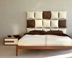 Modern bedroom furniture is uniquely designed to match the practicality of modern life's minimalism. What colors are more practical than black and white to suit modern bedroom furniture design? Italian Furniture Design, Bedroom Furniture Design, Bedroom Decor, Girls Bedroom, Bedroom Ideas, Fine Furniture, Pillow Headboard, Leather Headboard, Headboard Alternative