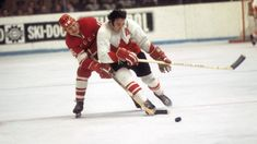 Phil Esposito wouldn't let Canada lose Summit Series History Of Hockey, Phil Esposito, Summit Series, Nfl Fans, Soviet Union, Moscow, Nhl, Canada, Let It Be