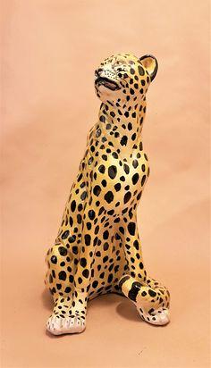 Italian hand made porcelain leopard / cheetah. Cheetah, Giraffe, Porcelain, Antiques, Handmade, Animals, Cheetah Animal, Antiquities, Hand Made