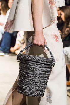 Bag with plait decoration